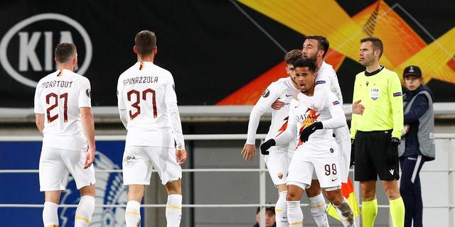 Kluivert helpt AS Roma met treffer naar achtste finales Europa League