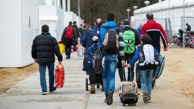 'Een op de zeven vluchtelingen vertrekt snel uit Nederland'