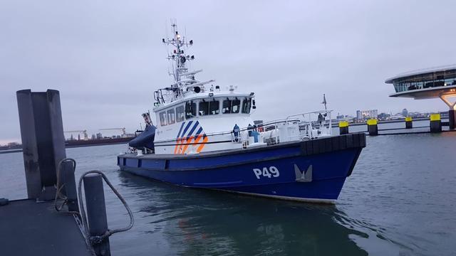 Politie vindt man in water Welplaathaven Botlek