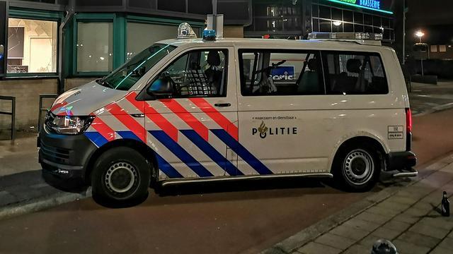 Automobilist rijdt door na aanrijding in Boerhaavewijk