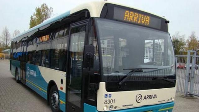 Arriva start proef met pinnen in Alphense stadsbussen