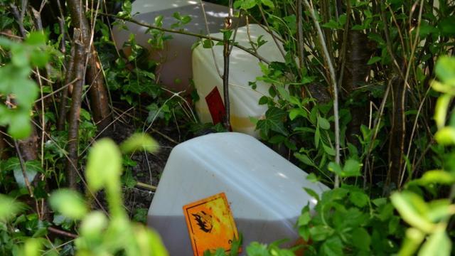 150 liter drugsafval aangetroffen op terrein in Sint Willebrord