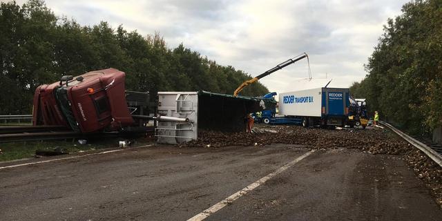 A28 bij Assen weer open na urenlange afsluiting na groot ongeval