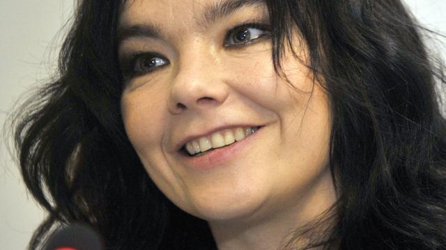 Björk haalt uit naar media om 'seksisme in muziekindustrie'