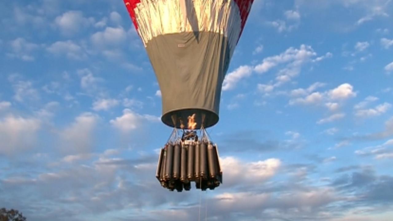 Rus begint aan recordpoging met solo ballonvlucht rond wereld