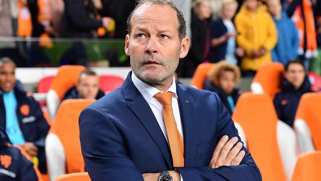 Blind laat Sneijder buiten voorselectie Nederlands elftal