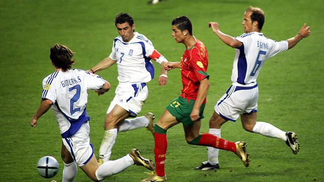 Cristiano Ronaldo was er in 2004 voor het eerst bij op het EK, toen in de finale van Griekenland werd verloren.