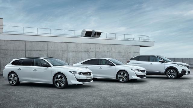 Peugeot presenteert eerste hybride modellen met stekker