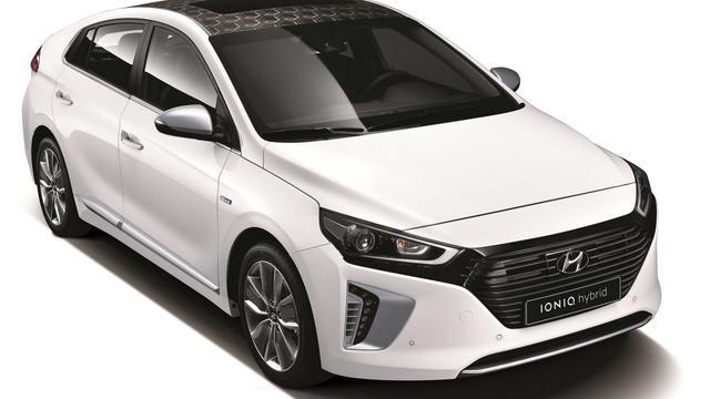 Hyundai presenteert concurrent voor Toyota Prius