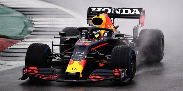 Verstappen rijdt eerste rondes voor Red Bull in 2021