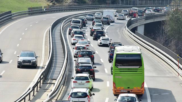 Drukte op Europese wegen door terugkerende vakantiegangers