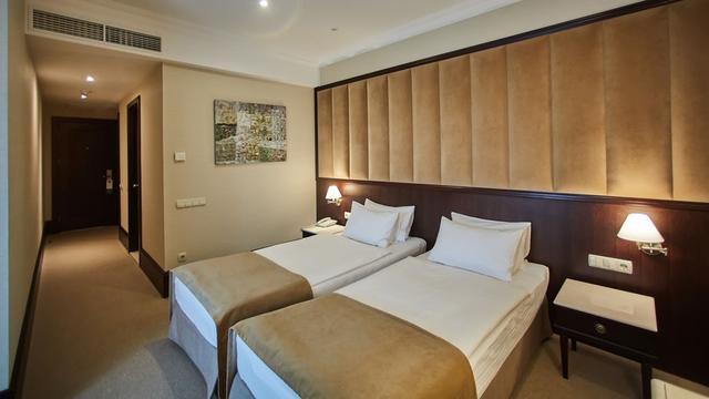 Harde klappen bij hotelketen Marriott: twee derde met verplicht verlof