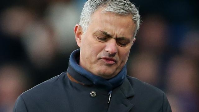 Mourinho denkt dat alleen Tom Cruise titel kan veroveren met Chelsea