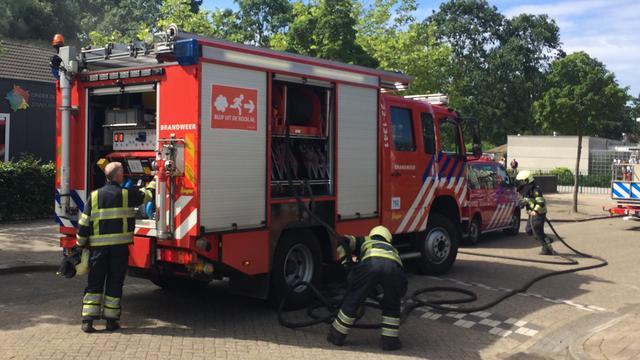 Heidebrand Son en Breugel brand meester, brandweer blust na