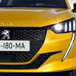 Moederbedrijf Peugeot en Opel boekt winst ondanks lagere verkoop