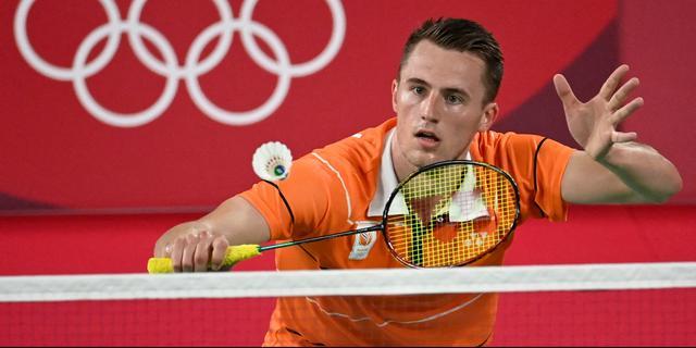 Badmintonner Caljouw toont veerkracht en wint bij olympisch debuut