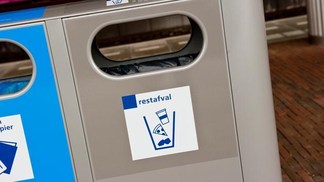 Gemeente heeft 380 afvalbakken op overschot