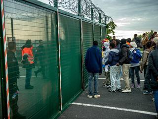 Verzekeraar TVM acht onorthodoxe maatregelen nodig tegen geweld migranten