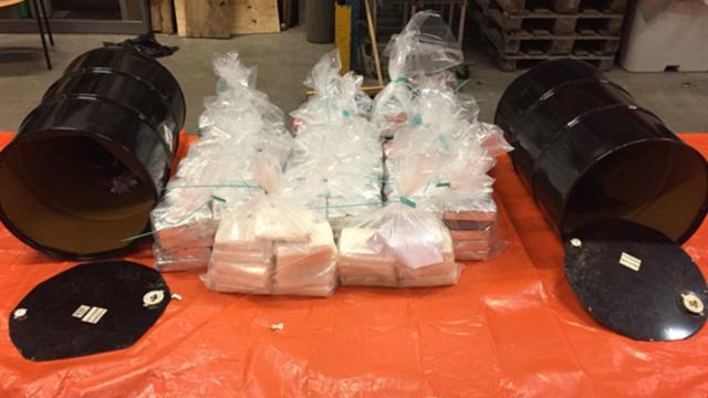 Opnieuw ruim tweehonderd kilo cocaïne gevonden in haven Rotterdam