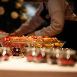 Waarom sommige restaurants nu al volgeboekt zijn voor Kerst