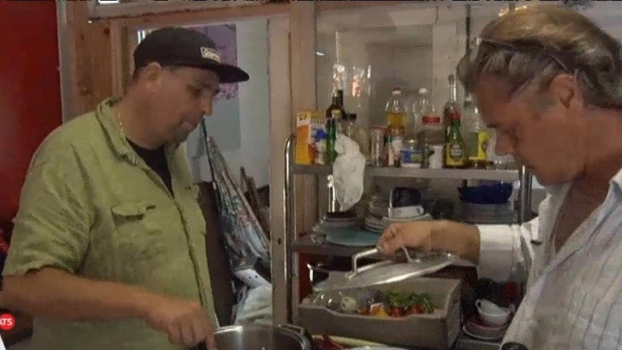 Gratis eten én een goed gesprek: 'Blije Buren wil verbinden'