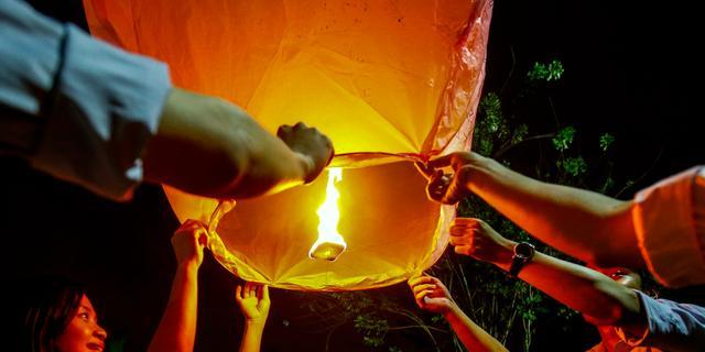 Molenaars bij Kinderdijk willen verbod op wensballonnen