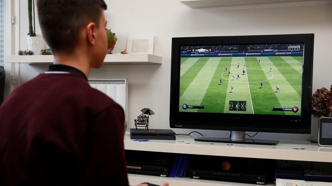 EA start onderzoek naar medewerkers die FIFA-kaarten zouden verkopen - NU.nl