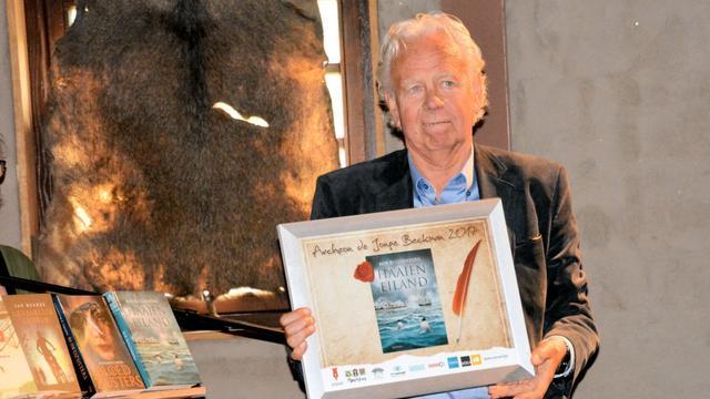 Thea Beckmanprijs naar Rob Ruggenberg voor Haaieneiland