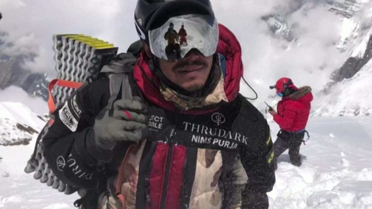 Nepalees verplettert record voor beklimmen hoogste bergen