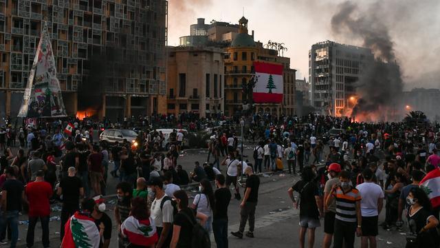Libanon: Lockdown nodig door recordaantal coronabesmettingen na explosie