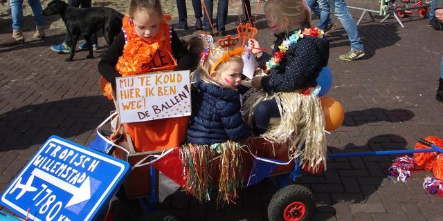 Sfeervolle Koningsdag in gemeente Moerdijk