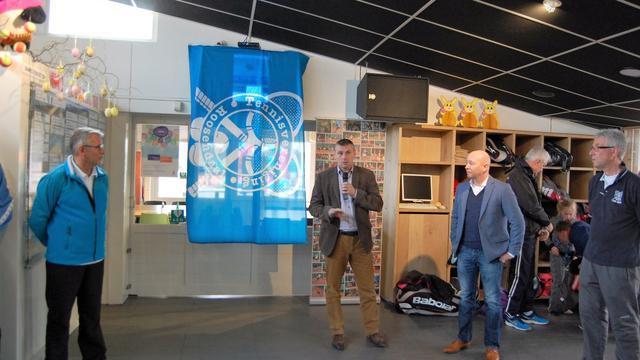 TV Roosendaal neemt zonnepanelen in gebruik