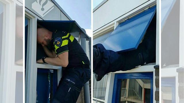 Agenten bevrijden buitengesloten vrouw van balkon Alphen aan den Rijn