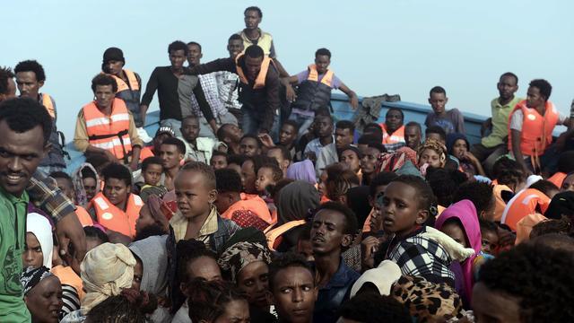 Stadsbestuur opgeroepen om vluchtelingen op te nemen