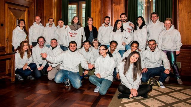Leiden start met topklassen voor jonge statushouders