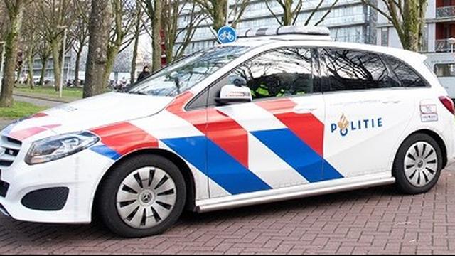 Politie arresteert man nadat hij woning van Rotterdamse binnendrong