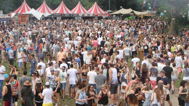 Amsterdamse festivals starten samenwerking met Ticketswap tegen fraude