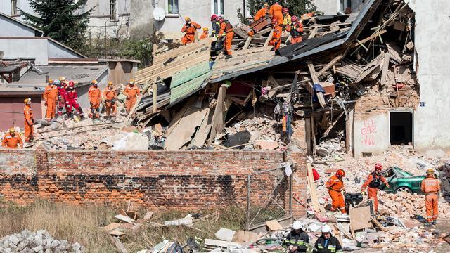 Zes doden door instorten gebouw in Polen