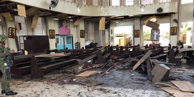 Zeker 27 doden bij dubbele bomaanslag op Filipijnse kerk