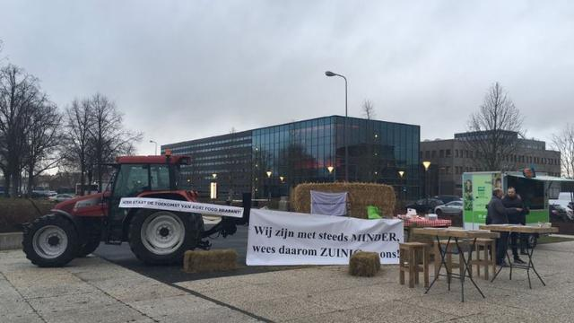 Brabantse boeren voeren actie tegen strengere regels