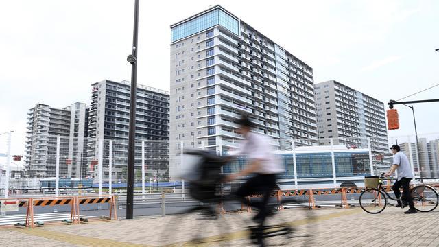 In het olympisch dorp in Tokio, waar de atleten tijdens de Spelen verblijven, zijn al drie coronabesmettingen gemeld.
