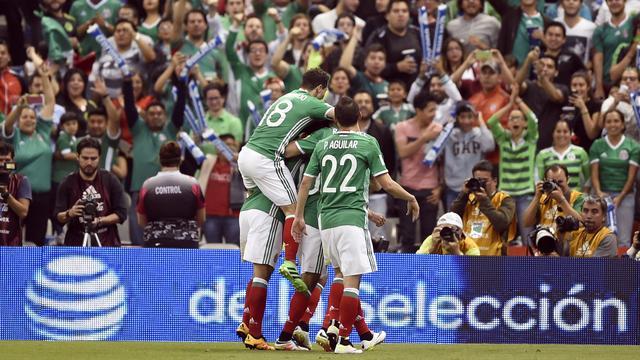 Guardado trefzeker voor Mexico, VS houdt zicht op WK