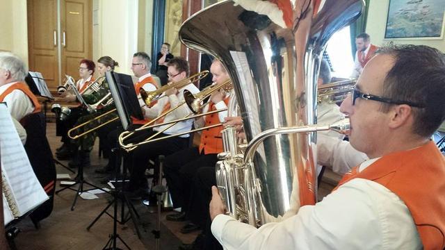 Nassau Harmonie Breda blaast voor Serious Request 2016