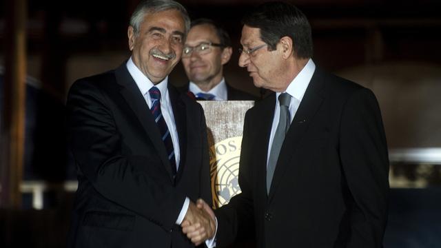 Leiders Cyprus praten over hereniging