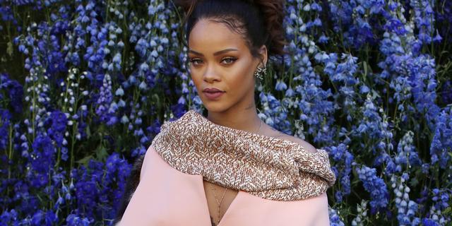 Azealia Banks ruziet met Rihanna en publiceert telefoonnummer op Instagram