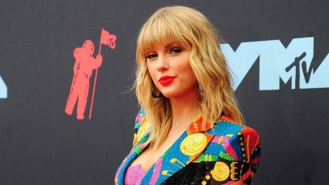 'Documentaire Taylor Swift gaat door en mag oude muziek toch gebruiken'