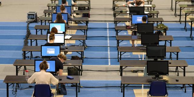 Britse overheid laat omstreden algoritme voor eindexamencijfers los