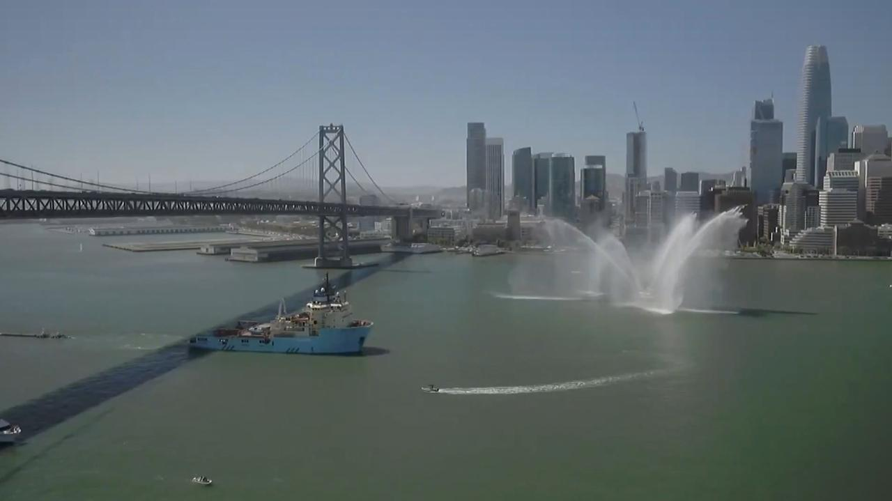 The Ocean Cleanup vaart uit in San Francisco
