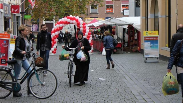 Reclameborden blijven voorlopig in binnenstad Bergen op Zoom