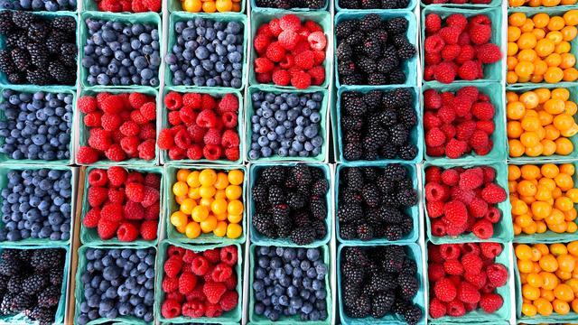 Goed nieuws: Groei bij fruittelers | Eerste coronamedicijn goedgekeurd